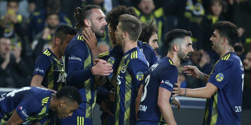 Fenerbahçe Gençlerbirliği'ni rahat geçti