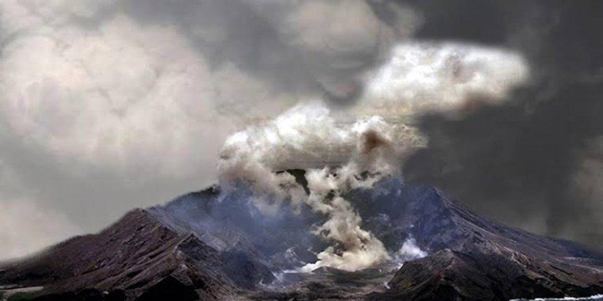 Yeni Zelanda'da volkan faaliyete geçti