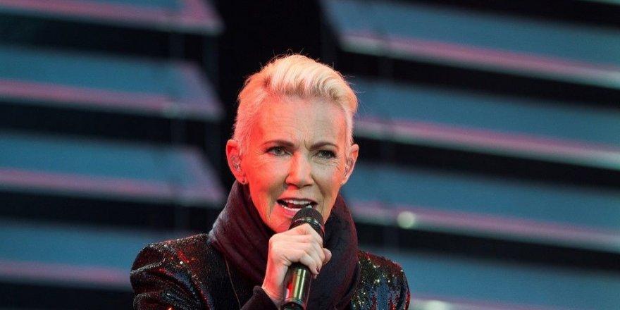 Dünyaca ünlü rock yıldızı kansere yenik düştü