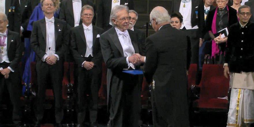 Tartışmalı isim, Nobel Edebiyat Ödülü'nü aldı