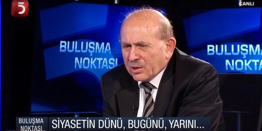 """Burhan Kuzu: """"Meclis'te kavga ediyoruz sonra kaşar yiyoruz"""""""
