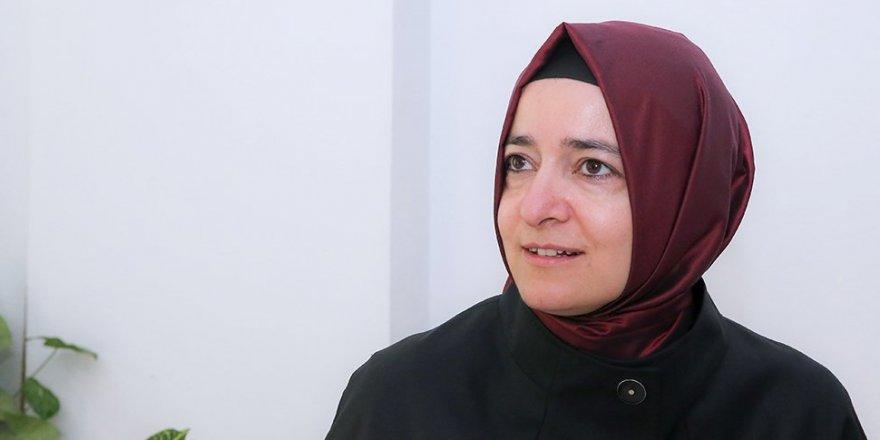Betül Sayan Kaya'dan CHP'li kadınlara 'Las Tesis' tepkisi