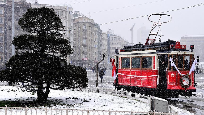 Nostaljik tramvayın altyapı yenileme çalışmaları