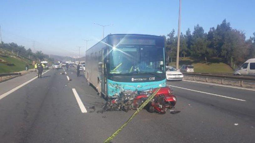 Ümraniye TEM'de feci kaza! 2 kişi öldü
