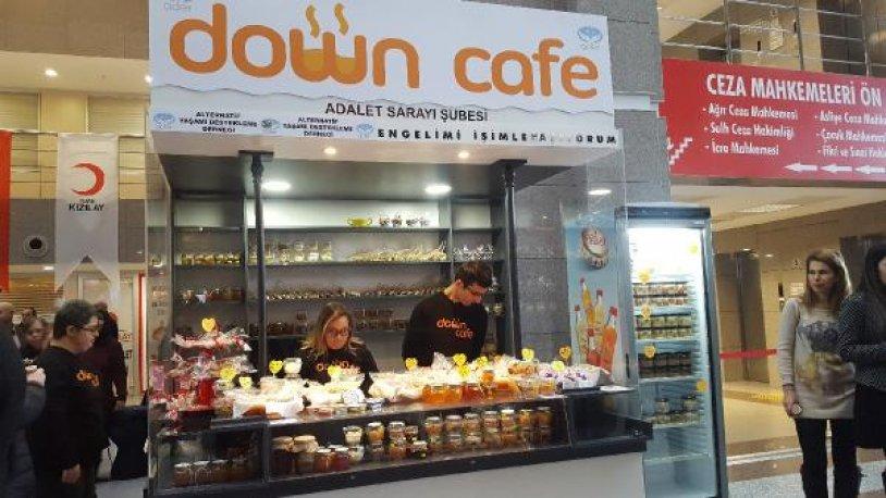 İstanbul Adalet Sarayı'nda 'Down Cafe' açıldı
