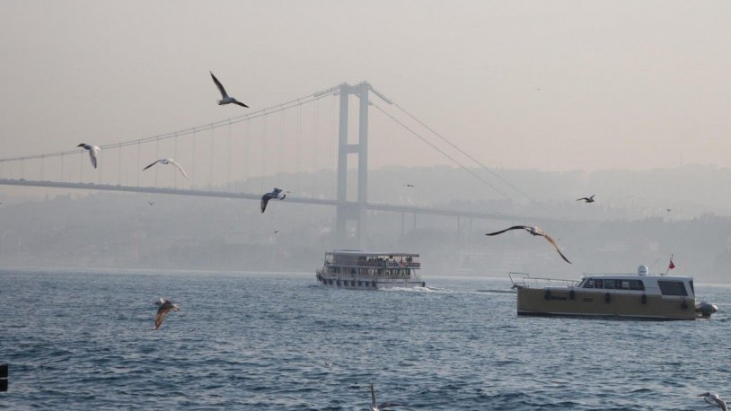 İstanbul Boğazı'nda trafik yeniden açılıyor