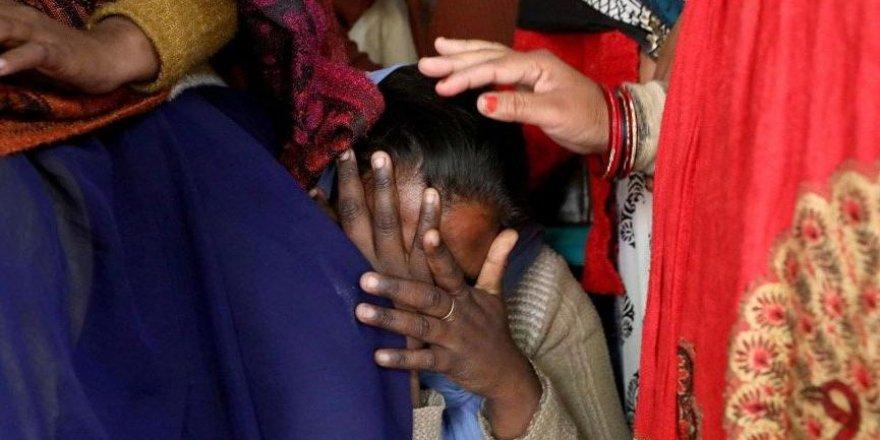 Hindistan'da her 15 dakikada bir tecavüz ihbarı