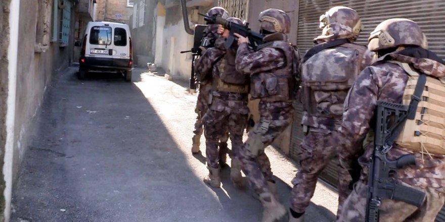 Gaziantep'te 755 polisle uyuşturucuya darbe