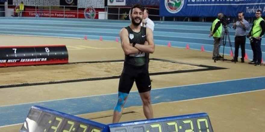 Milli atlet Batuhan Altınbaş'tan 300 metre rekoru