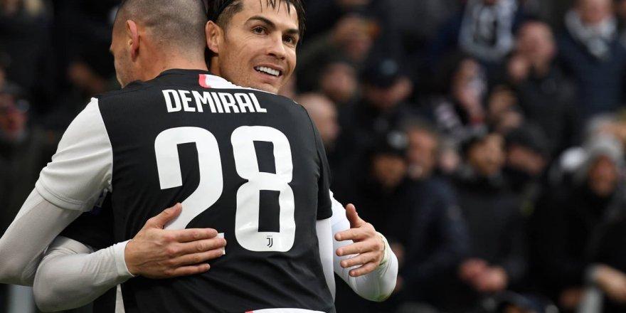 Cristiano Ronaldo'dan Merih Demiral'a mesaj