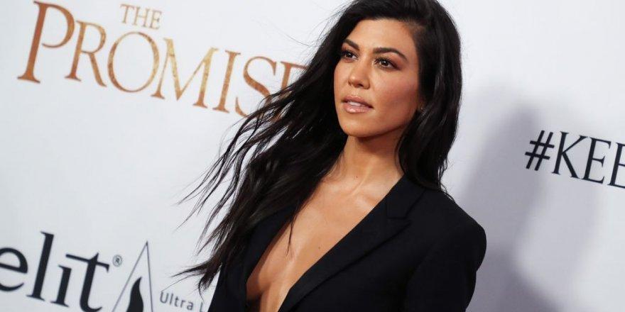 """Kourtney Kardashian'ın """"Baklava"""" paylaşımı ortalığı karıştırdı!"""