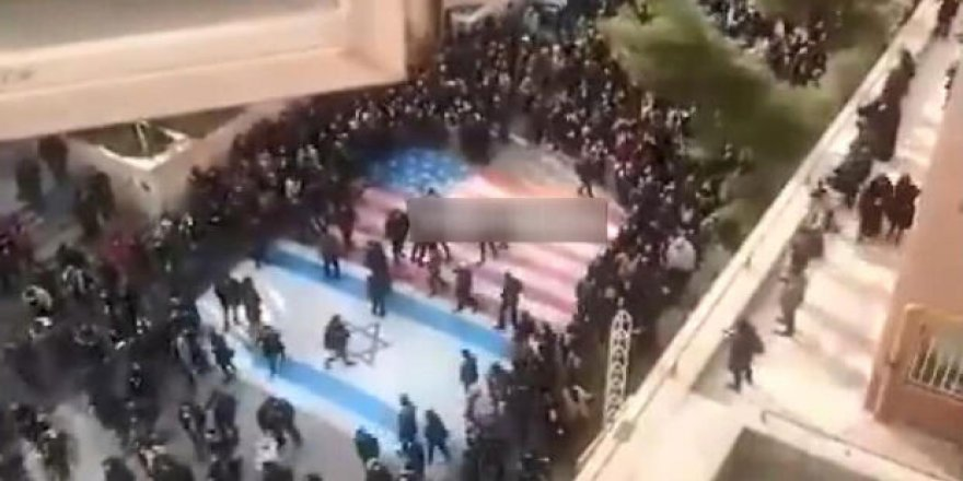 İran'daki protestolardaki  görüntülere Trump'tan ilk tepki geldi!
