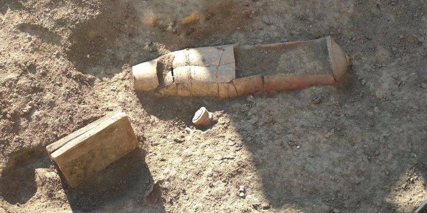 Tarsus'ta tarihi mezar bulundu