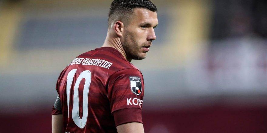 Lucas Podolski Türkiye'ye dönüyor