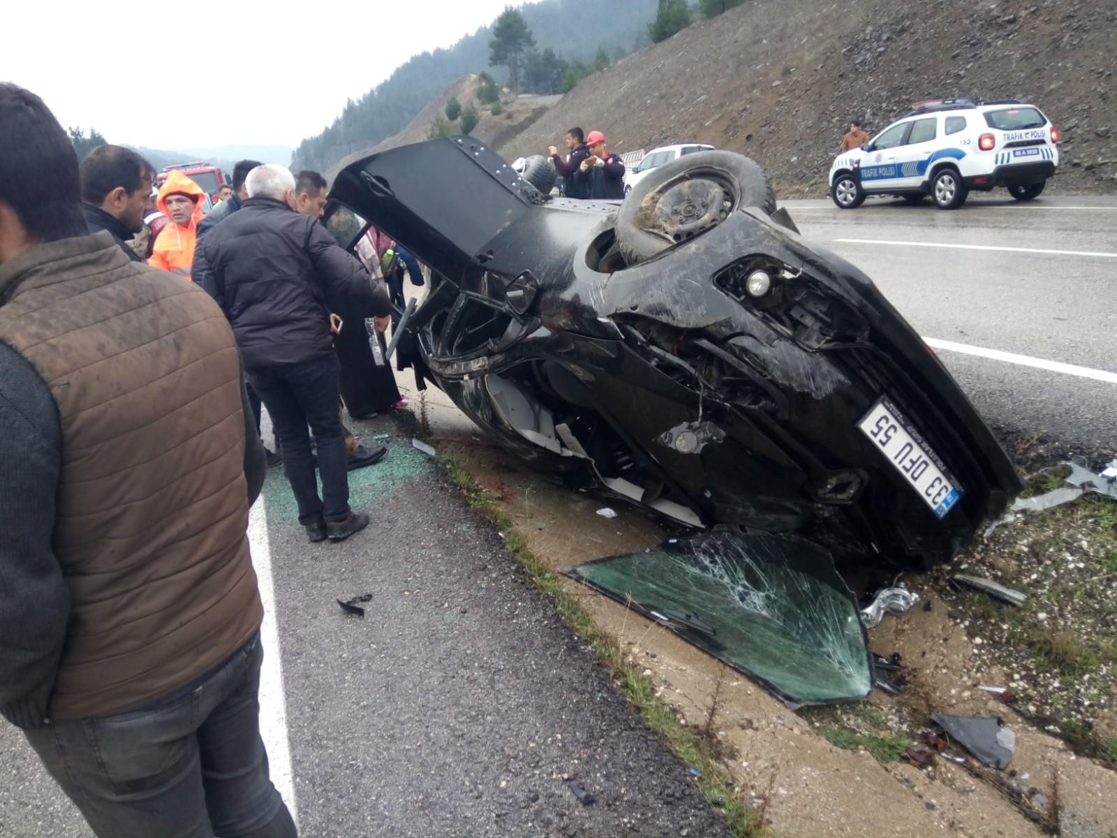 Devrilen otomobildeki Eslem öldü, 3 kişi yaralandı