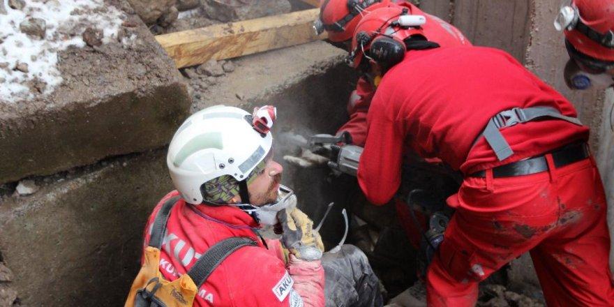 AKUT'tan Elazığ depremi açıklaması