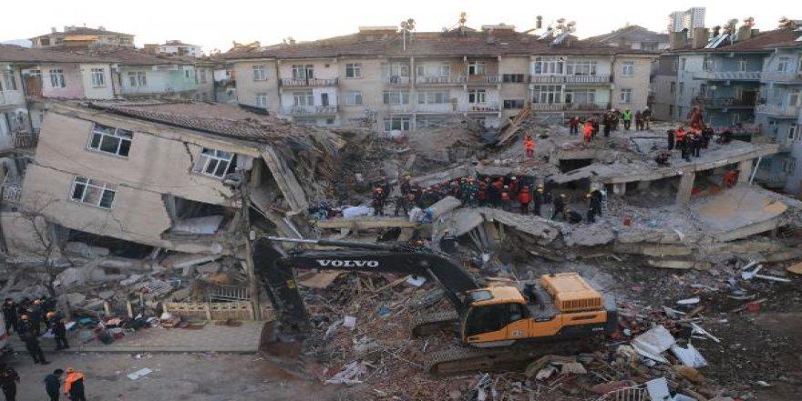 Elazığ depreminde enkaz çalışmalarında son kişiye ulaşıldı