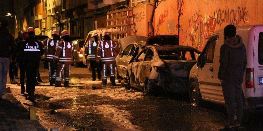 Otomobillerin lastiklerini kesip yaktılar