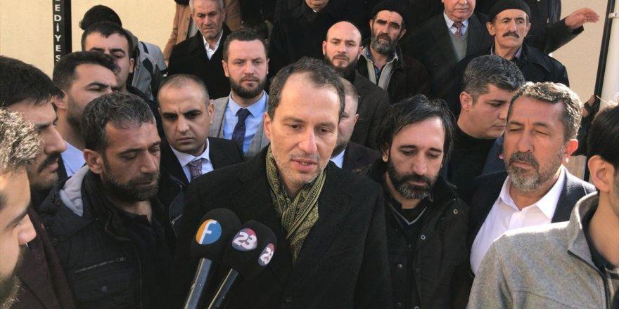 Yeniden Refah Partisi Genel Başkanı Fatih Erbakan deprem bölgesine geldi