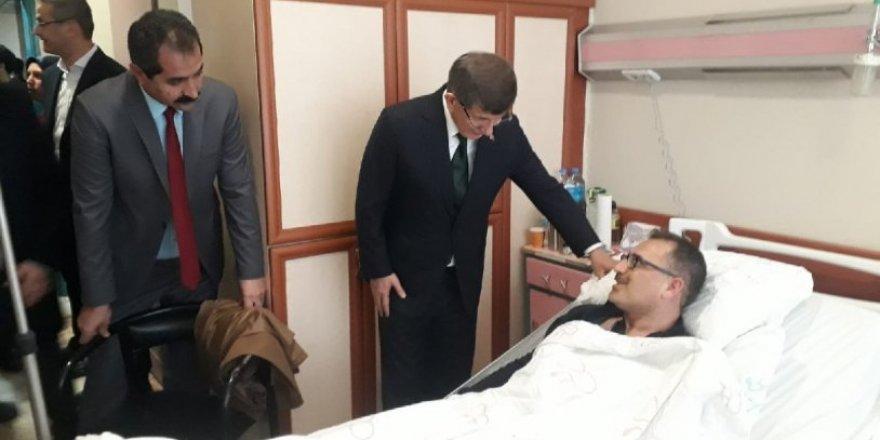Davutoğlu'ndan Elazığ'da 'deprem fonu' tepkisi
