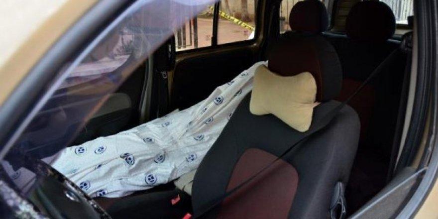Cesetle yolculuk polisi harekete geçirdi!