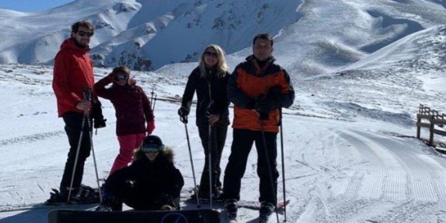 Ekrem İmamoğlu'ndan kayak tatili eleştirilerine yanıt!