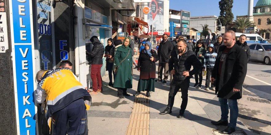 Sakarya'da kız arkadaşına saldıran şahıs, öldüresiye dövüldü!