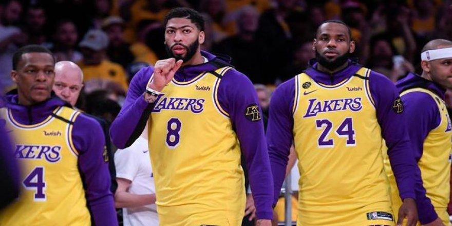 Portland maçında, Kobe'nin anısına saygısızlık!