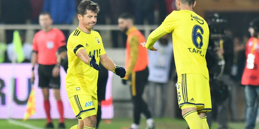 Fenerbahçeli Emre'ye bel altı gönderme!