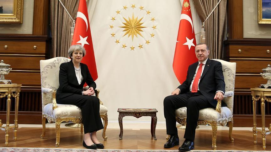 Cumhurbaşkanı İngiltere Başbakanı May'i kabul etti