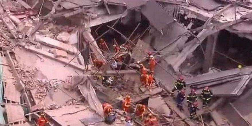 Çin'de çöken karantinali binada 4 kişi öldü