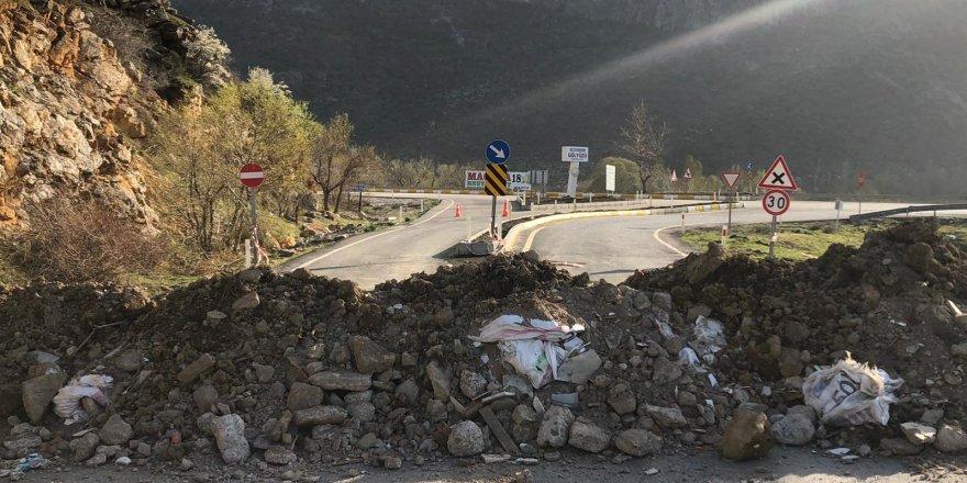 Antalya'ya giden tali yollar böyle kapatıldı