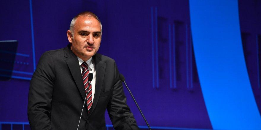 Bakan Ersoy'dan kritik açıklama: İstanbul'dan çıkışlar için özel izin belgesi!