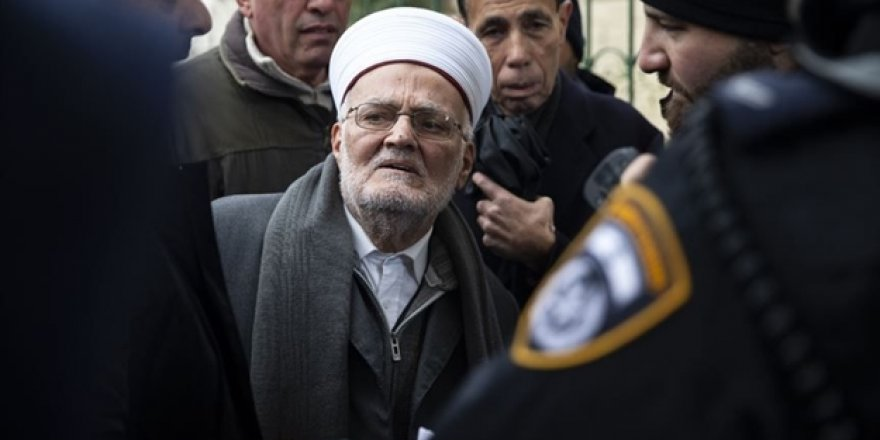 İsrail, Mescid-i Aksa İmam Hatibi Şeyh İkrime Sabri'yi gözaltına aldı
