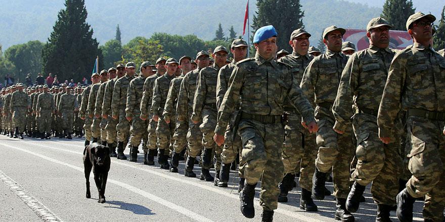 CHP'den bedelli askerlik bekleyenleri sevindirecek öneri