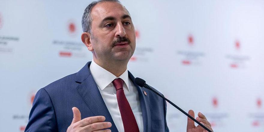 """Bakan Gül'den """"savunma yürüyüşü"""" açıklaması"""