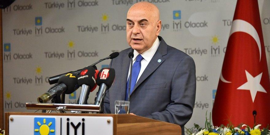"""İYİ Partili Cihan Paçacı: """"Ekonomideki çöküşün 4 nedeni var"""""""