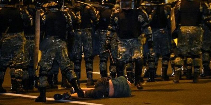 Belarus'ta olaylı seçim! Muhalifler sokaklara döküldü, meydanlar karıştı