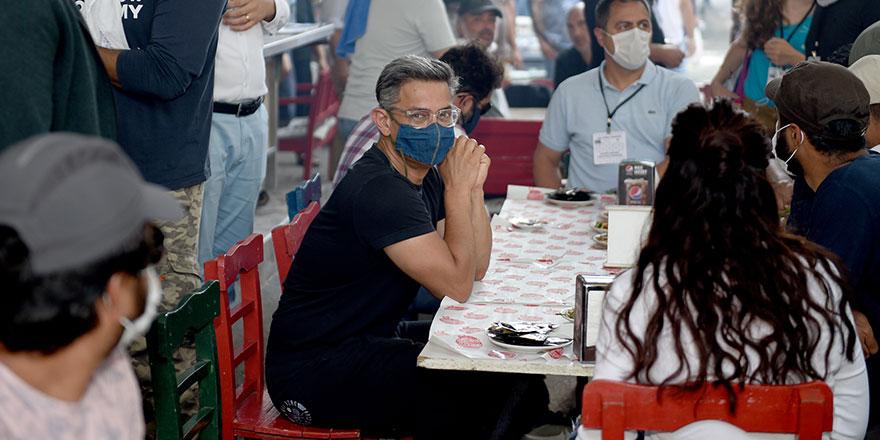 Dünyaca ünlü oyuncu Aamir Khan, Adana'da kebaba doyamadı