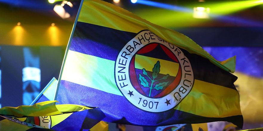 Fenerbahçe Nazım Sangare'yi kadrosuna aldığını duyurdu
