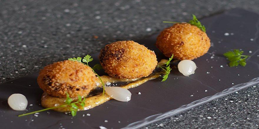 İtalya'nın meşhur tatlarından biri olan Arancini'nin tarifi burada!